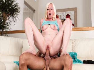 Boffing The Babysitter #14 Tegan Riley Caliente