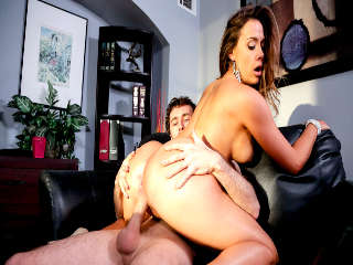El Escolta Chanel Preston & James Deen