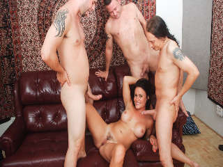 Queremos Gang Bang a Tu Mamá #14 Ashli Ames