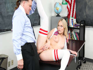 Corruptos Colegialas #10, Evan Stone & Dakota James
